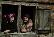 Köşe Yazısı | Fesat Komşu – Zeynep Turanlı