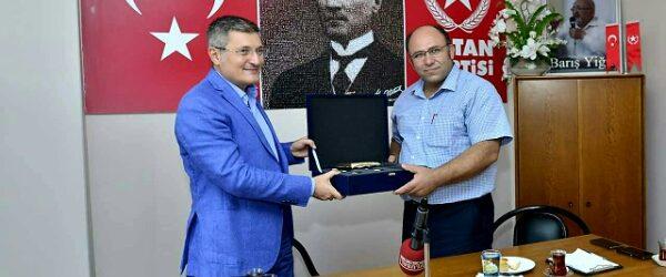 Pendik Belediye Başkanı Vatan Partisini de Ziyaret Etti