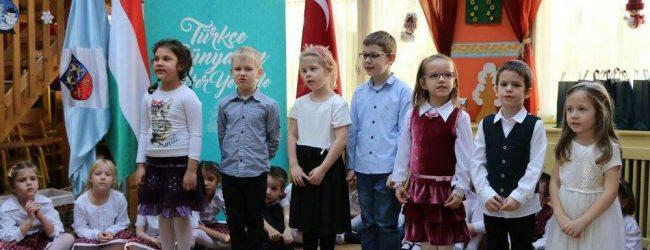 Macar Öğrenciler Türkçe Öğrenecek