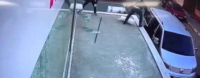 Pendik'te 45 Bin Değerindeki Tül Hırsızlığı Kamerada