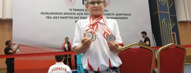 Pendikli 3. Sınıf Öğrencisi Sena Erol Şampiyon Oldu