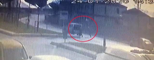 Pendik'te Bir Şahıs Ekip Aracını Durdurdu Polisi Bıçakladı