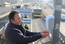 Metrobüs İstasyonlarına El Dezenfektanı