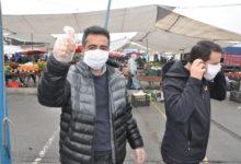 Pendik Zabıtası Pazarlarda Maske Dağıttı